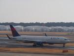 空港快速さんが、成田国際空港で撮影したデルタ航空 767-332/ERの航空フォト(写真)