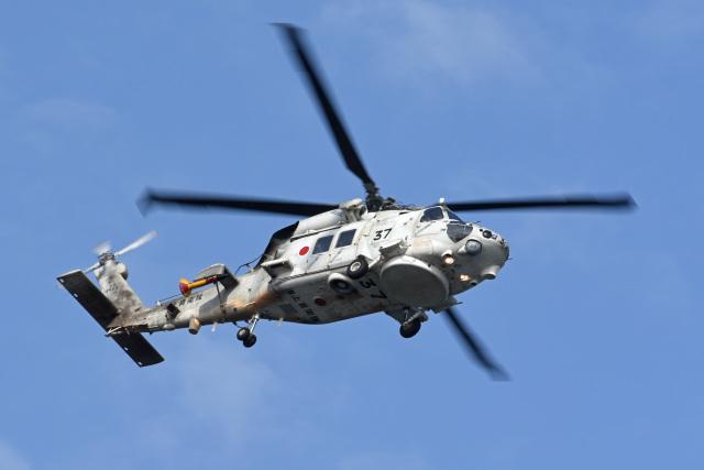 海上自衛隊 Mitsubishi SH-60K 8...