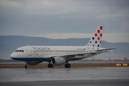 JA8037さんが、ザグレブ空港で撮影したクロアチア航空 A319-112の航空フォト(飛行機 写真・画像)