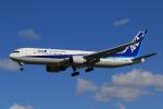 多楽さんが、成田国際空港で撮影した全日空 767-381/ERの航空フォト(写真)