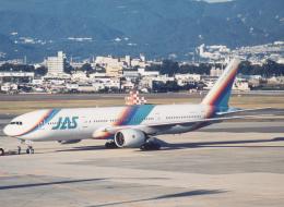 プルシアンブルーさんが、伊丹空港で撮影した日本エアシステム 777-289の航空フォト(飛行機 写真・画像)