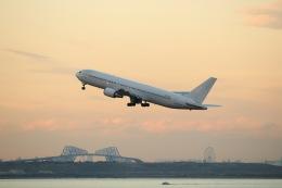 航空フォト:N573UA ユニカル・アヴィエーション 767-300