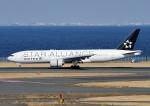 じーく。さんが、羽田空港で撮影したユナイテッド航空 777-222/ERの航空フォト(飛行機 写真・画像)