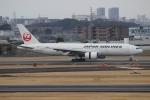 uhfxさんが、伊丹空港で撮影した日本航空 777-289の航空フォト(写真)