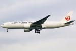 あしゅーさんが、羽田空港で撮影した日本航空 777-289の航空フォト(飛行機 写真・画像)