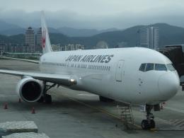 たくらんけさんが、台北松山空港で撮影した日本航空 767-346/ERの航空フォト(飛行機 写真・画像)