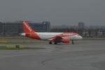 yabyanさんが、アムステルダム・スキポール国際空港で撮影したイージージェット A319-111の航空フォト(写真)
