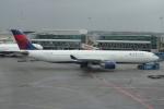 yabyanさんが、アムステルダム・スキポール国際空港で撮影したデルタ航空 A330-323Xの航空フォト(飛行機 写真・画像)