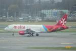 yabyanさんが、アムステルダム・スキポール国際空港で撮影したエア・マルタ A320-214の航空フォト(飛行機 写真・画像)