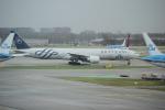 yabyanさんが、アムステルダム・スキポール国際空港で撮影したKLMオランダ航空 777-306/ERの航空フォト(飛行機 写真・画像)