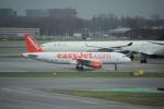 yabyanさんが、アムステルダム・スキポール国際空港で撮影したイージージェット A320-214の航空フォト(写真)