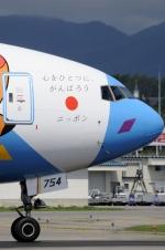 カワPさんが、函館空港で撮影した全日空 777-381の航空フォト(写真)