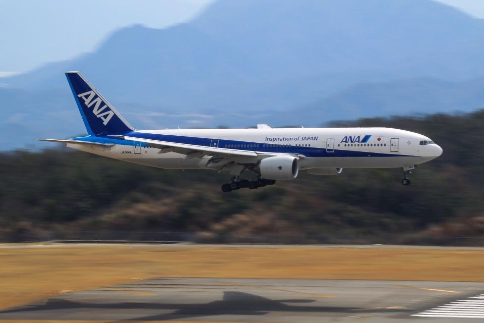 036さんの全日空 Boeing 777-200 (JA744A) 航空フォト