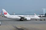 yabyanさんが、香港国際空港で撮影した日本航空 787-8 Dreamlinerの航空フォト(飛行機 写真・画像)
