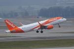 pringlesさんが、チューリッヒ空港で撮影したイージージェット A320-214の航空フォト(写真)