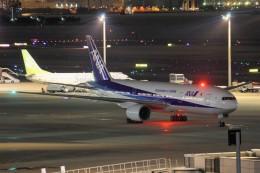 YASKYさんが、羽田空港で撮影した全日空 777-281/ERの航空フォト(飛行機 写真・画像)