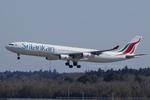 Scotchさんが、成田国際空港で撮影したスリランカ航空 A340-311の航空フォト(写真)