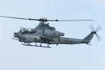 うめやしきさんが、厚木飛行場で撮影したアメリカ海兵隊 AH-1Z Viperの航空フォト(飛行機 写真・画像)