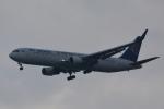 LEGACY-747さんが、スワンナプーム国際空港で撮影したエア・アスタナ 767-3KY/ERの航空フォト(飛行機 写真・画像)