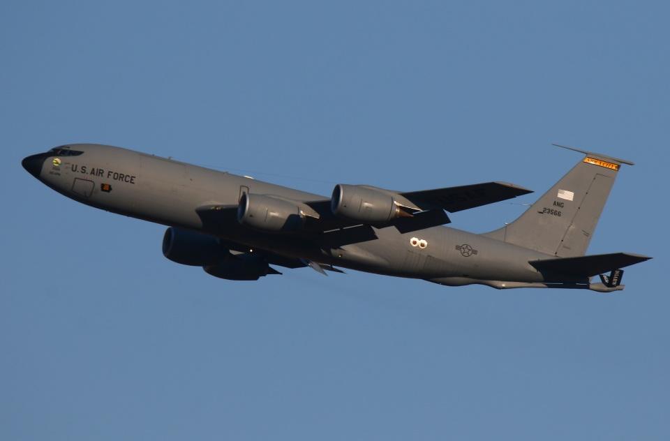sunagimoさんのアメリカ空軍 Boeing C-135 Stratolifter (62-3566) 航空フォト