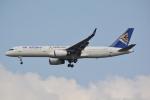 LEGACY-747さんが、スワンナプーム国際空港で撮影したエア・アスタナ 757-2G5の航空フォト(飛行機 写真・画像)