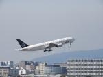 おっつんさんが、伊丹空港で撮影した全日空 777-281の航空フォト(飛行機 写真・画像)