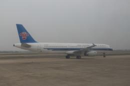 KKiSMさんが、武漢天河国際空港で撮影した中国南方航空 A321-231の航空フォト(飛行機 写真・画像)