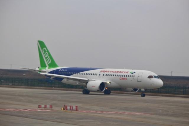 reonさんが、上海浦東国際空港で撮影した中国商用飛機 C919の航空フォト(飛行機 写真・画像)