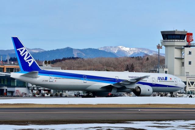 全日空 Boeing 777-300 JA754A ...