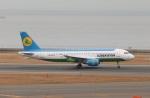 SIさんが、中部国際空港で撮影したウズベキスタン航空 A320-214の航空フォト(写真)