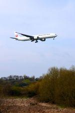 まいけるさんが、ロンドン・ヒースロー空港で撮影した日本航空 777-346/ERの航空フォト(写真)