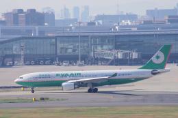 yabyanさんが、羽田空港で撮影したエバー航空 A330-203の航空フォト(写真)