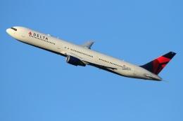 twining07さんが、ジョン・F・ケネディ国際空港で撮影したデルタ航空 767-432/ERの航空フォト(飛行機 写真・画像)