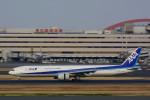 wislyさんが、羽田空港で撮影した全日空 777-381の航空フォト(写真)