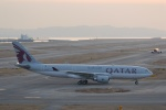 Izumixさんが、関西国際空港で撮影したカタール航空 A330-202の航空フォト(写真)