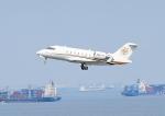 じーく。さんが、羽田空港で撮影したPrivate CL-600-2B16 Challenger 605の航空フォト(飛行機 写真・画像)