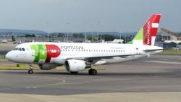 誘喜さんが、ロンドン・ヒースロー空港で撮影したTAPポルトガル航空 A319-111の航空フォト(飛行機 写真・画像)