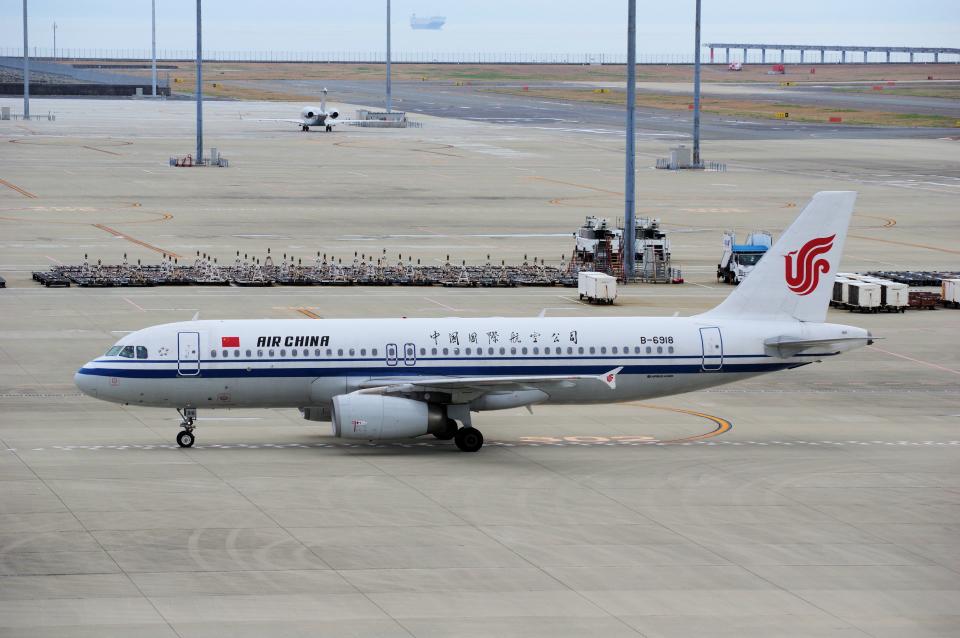 yabyanさんの中国国際航空 Airbus A320 (B-6918) 航空フォト