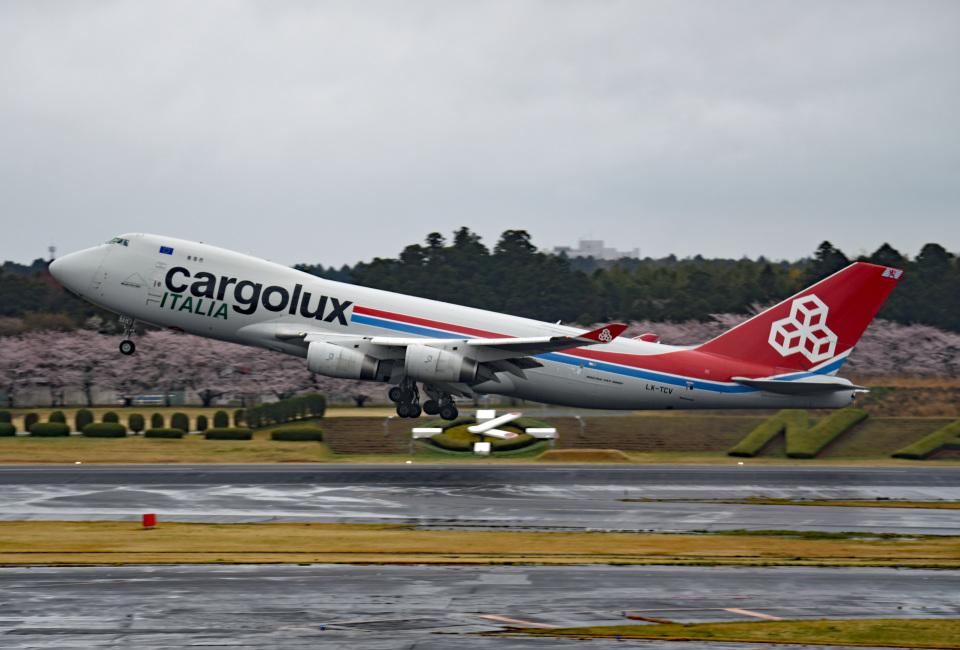 tsubasa0624さんのカーゴルクス Boeing 747-400 (LX-TCV) 航空フォト
