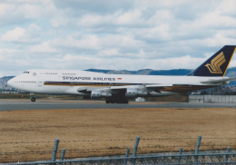 Izumixさんが、伊丹空港で撮影したシンガポール航空 747-312の航空フォト(飛行機 写真・画像)