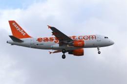 航空フォト:G-EZBU イージージェット A319
