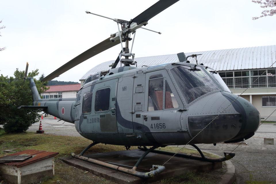 T spotterさんの陸上自衛隊 Fuji UH-1H (41656) 航空フォト