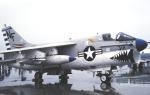 チャーリーマイクさんが、小松空港で撮影したアメリカ海軍 A-7E Corsair IIの航空フォト(写真)