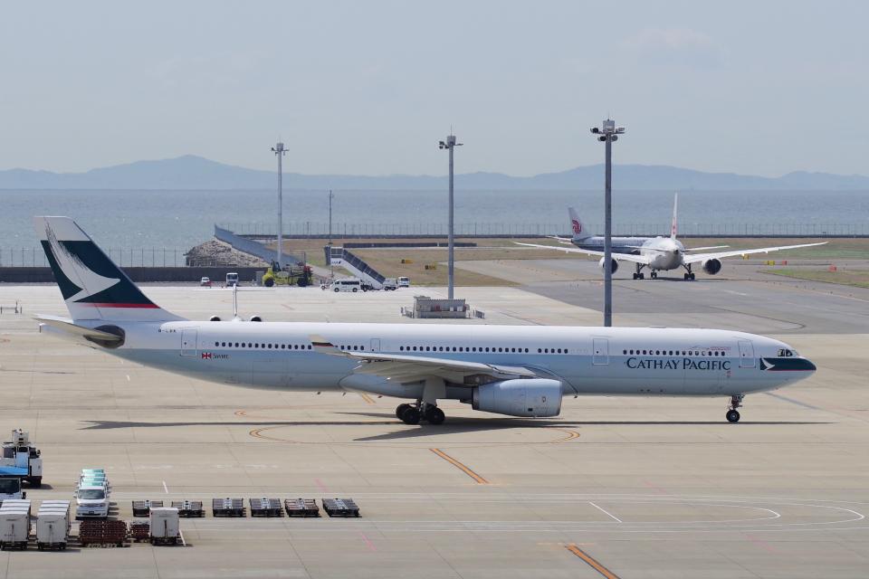 yabyanさんのキャセイパシフィック航空 Airbus A330-300 (B-LBK) 航空フォト