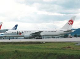 プルシアンブルーさんが、仙台空港で撮影した日本アジア航空 767-346の航空フォト(写真)