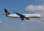 じーく。さんが、成田国際空港で撮影したユナイテッド航空 777-224/ERの航空フォト(写真)