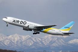 Echo-Kiloさんが、新千歳空港で撮影したAIR DO 767-33A/ERの航空フォト(写真)