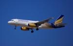 KAZKAZさんが、ドバイ国際空港で撮影したシャヒーン・エア A320-232の航空フォト(写真)
