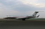 スポット110さんが、羽田空港で撮影したビスタジェット TB-26D Invaderの航空フォト(写真)