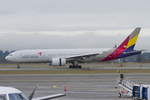 Scotchさんが、シアトル タコマ国際空港で撮影したアシアナ航空 777-28E/ERの航空フォト(飛行機 写真・画像)